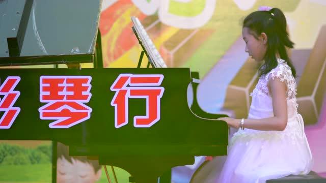 钢琴曲《梁祝》