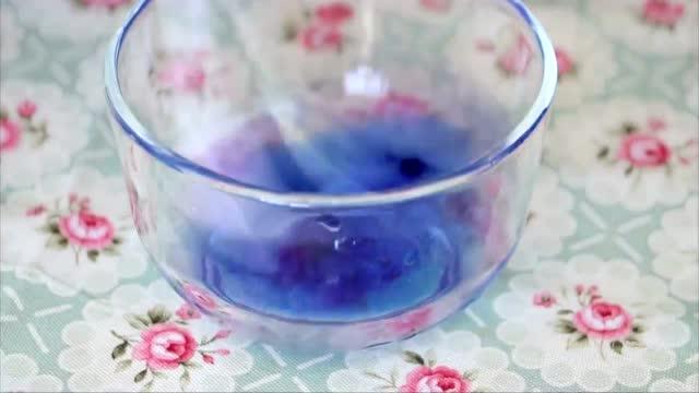 特别漂亮蓝莓水晶泥史莱姆,制作方法简单易学,赶快来试试吧