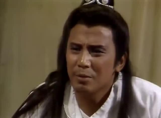 梁羽生武侠男子练功差点走火入魔 狂侠天骄魔女
