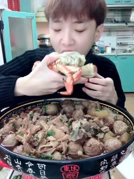 大胃王韩文龙 面包蟹