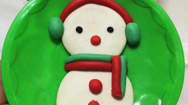 亲子游戏 橡皮泥手工制作小雪人 玩具视频