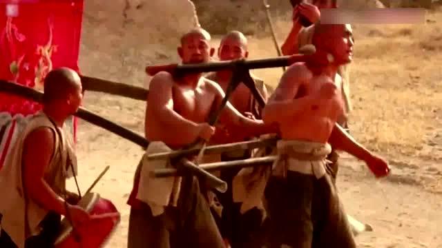 电影《红高粱》余占鳌姜文与众轿夫颠轿吼歌逗九儿巩俐经典桥段!