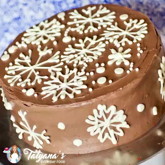 雪花巧克力牛奶蛋糕烘焙