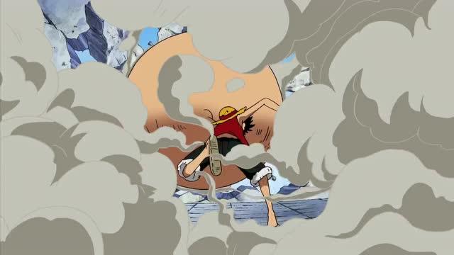 少儿 路飞在和路奇战斗时,三档过后变小,结果他还是用小拳头打了路奇