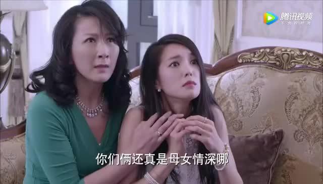 千金归来:李沁继母约会被曝光,潘伟森气的暴打丁雅琴