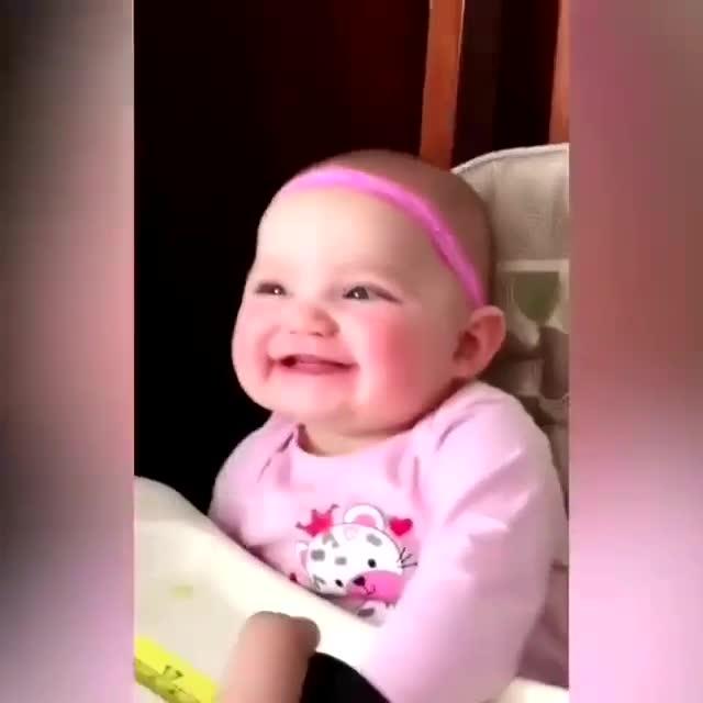 母婴 魔性小宝宝的笑声,可爱死了,真不愧是小天使啊. 相关