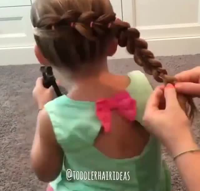 欧美风格 循环瀑布发型 编织可爱发型