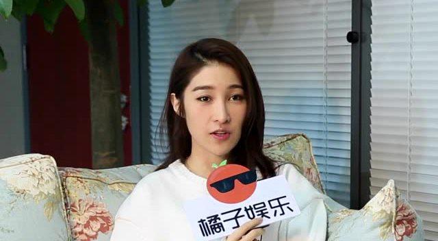 张艺兴是个蠢萌的小可爱