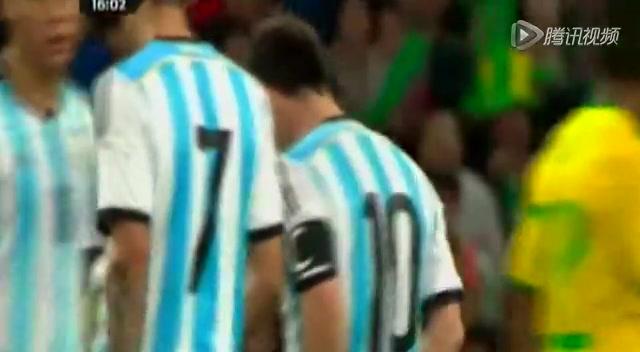 【个人集锦】梅西拼满全场 单挑巴西后防线憾失点截图