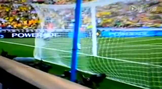 10年世界杯荷兰2-1逆转巴西 斯内德闪耀全场截图