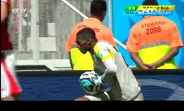 【瑞士集锦】瑞士2-1厄瓜多尔 补时上演绝杀好戏截图