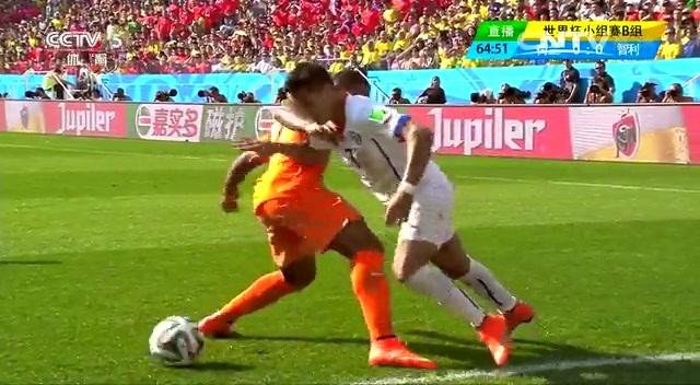 全场集锦:荷兰2-0智利 罗本长途奔袭送助攻截图