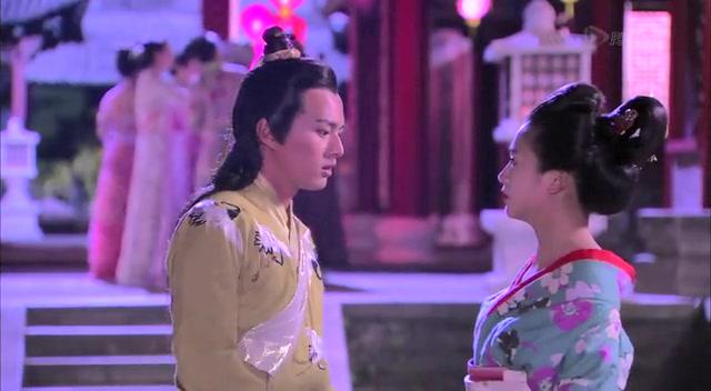 吴奇隆女装颠覆出镜 化身老妖意外撞脸李维嘉