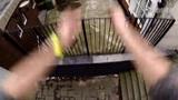 视频:牛人楼顶跑酷视界 天地倒转刺激绝美