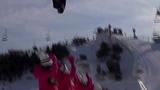 国内牛人极限滑雪特技 单板凌空飞跃并排六美女