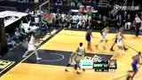 视频:香波特反跑上篮 手递手配合突破暴扣