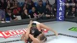 MMA赛场降服KO合辑 回旋击打对手10秒倒地