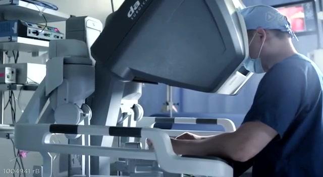 可执行更复杂手术的新一代达芬奇外科手术机器人截图