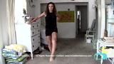 视频:美患病女子不放弃运动 每天坚持倒退跑
