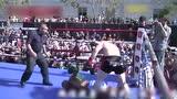 视频:史上最残暴KO 组合拳狂揍对手倒地不起