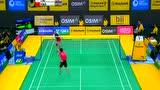 视频:戴资颖逼真假动作 羽毛球比赛晃倒对手