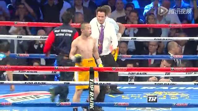 杨连慧舍身一拳直中面门 KO对手终结比赛霸气庆祝截图
