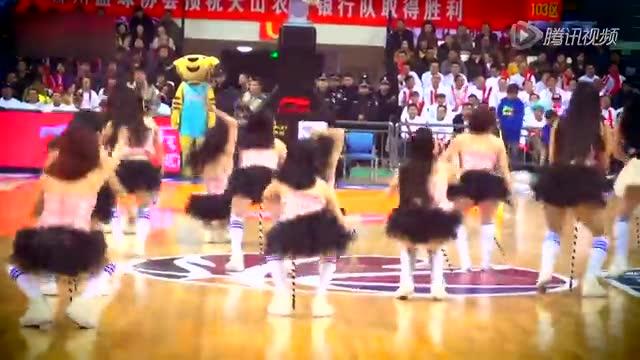 画面太美!CBA啦啦队比拼 北京宝贝上演长腿诱惑截图