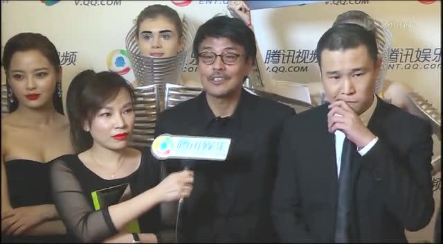 北京电影节腾讯独家采访 不可思异剧组雇外模撑场截图图片