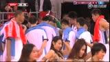 国安球员马季奇现身五棵松 帅气装扮吸引眼球