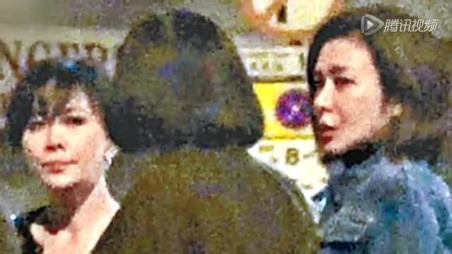 刘嘉玲关之琳两美聚会   街头叙旧聊不停截图