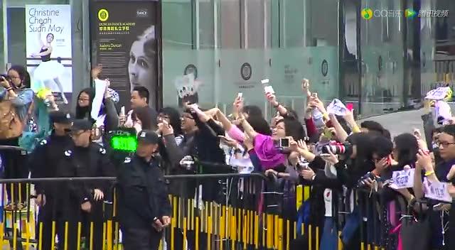 苏打绿在2015QQ音乐年度盛典红毯秀截图