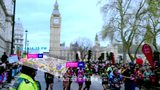 视频:跑者许飞 用脚步丈量世界六大马拉松