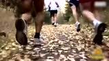 视频:53岁阿甘80小时跑563公里 停下来因太困