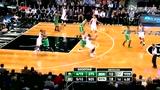 视频:乔约翰逊转身巧进攻 360回旋空接得手
