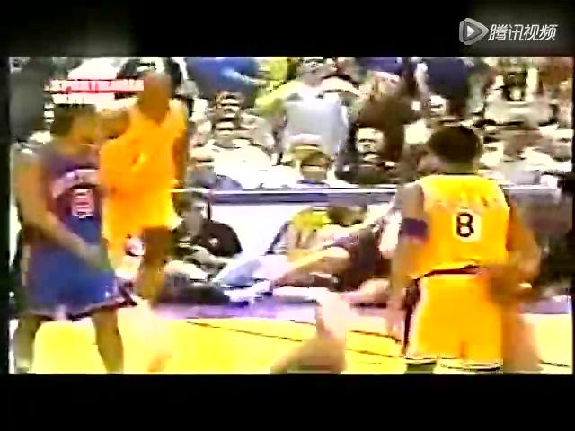 视频:篮球场暴力美学 乔丹扣尤因卡特辱巨人