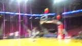 视频:书豪阿西克训练空配 阿豪单臂打板空接