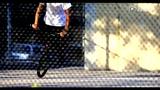 美少年纽约BMX炫技 小轮车单轮回旋劲酷黑白风
