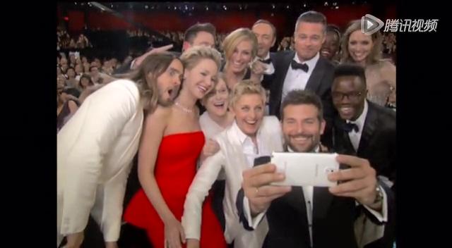 奥斯卡颁奖 主持人艾伦与众星搞笑合影截图