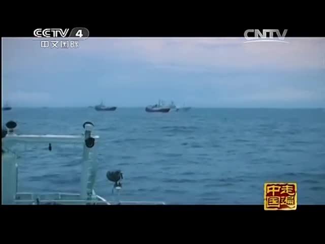 央视首曝中国海监南海撞击越南船截图