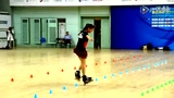 史上最唯美轮滑秀 中国萝莉苏菲浅神技过花桩