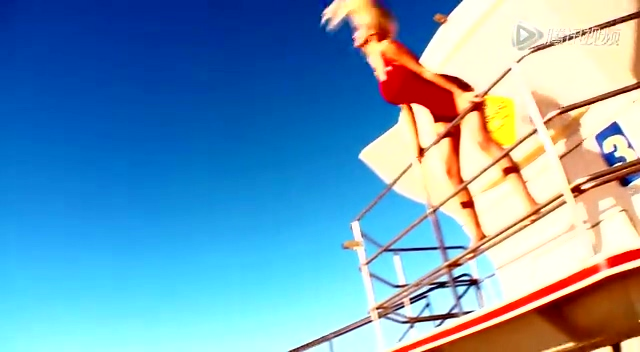 巨乳宝贝乔丹卡佛海边冲浪 德国尤物跪地自拍截图