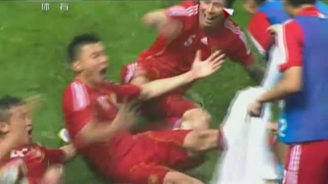 进球视频:张琳芃冲顶 于大宝补射绝杀伊拉克截图