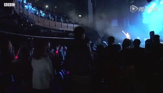 范玮琪伦敦演唱会截图