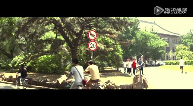 """>>高清组图:黄晓明邓超佟大为青春校园照   《中国合伙人》""""毕业季"""""""