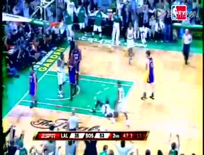 视频:NBA巅峰战之绿军 39分屠湖人KG流泪