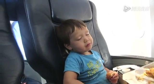 宝宝坐飞机 这些照顾功夫妈妈们要做足哦
