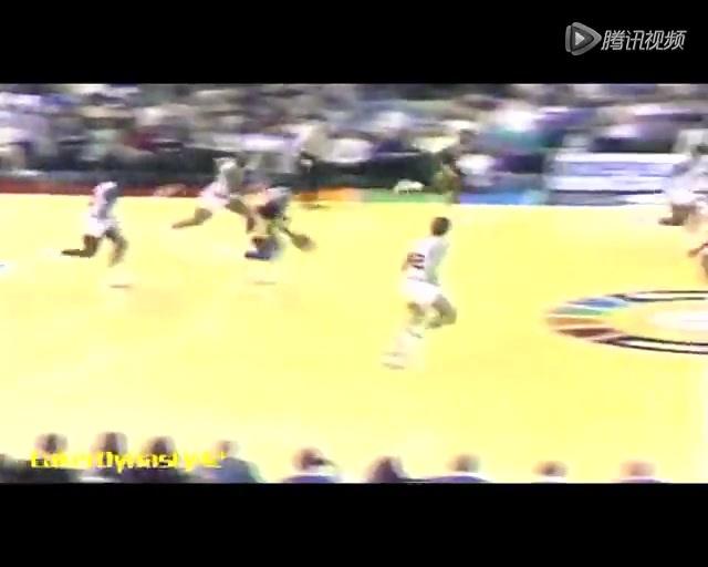 视频:1988经典比赛 魔术师三双巴克利31+23
