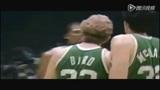 NBA最肮脏斗殴时刻 飞人追打米勒大虫也吃暗亏