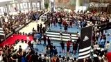 视频:霍华德韩国行引围观 魔兽现场1打4小将