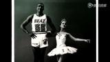 詹姆斯韦德与芭蕾美女拍写真 热火巨星羞涩看美女
